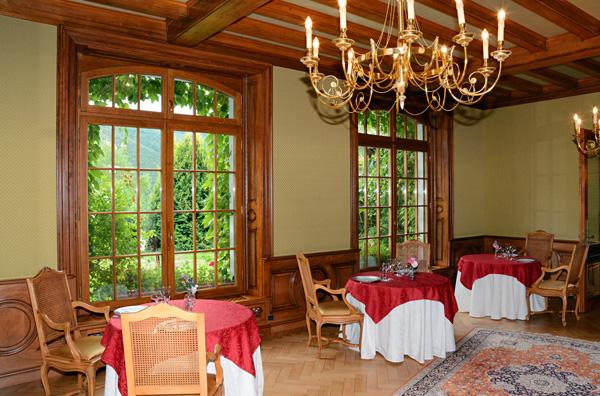 Restaurant table d'hôte